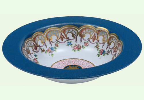 The Wallace Collection © The Daisy Centre Bowl